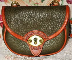 Rich & Earthy Olive Cavalry Vintage Dooney Mint Body Bag-Cavalry Body Bag,Vintage Dooney and Bourke All-Weather Leather