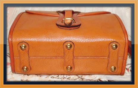 Vintage Dooney and Bourke  All-Weather Leather Medium Essex Shoulder Bag