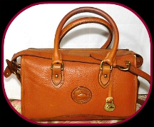Timeless Classic Sunset Tan Vintage Dooney Satchel Shoulder Bag-Vintage Dooney and Bourke