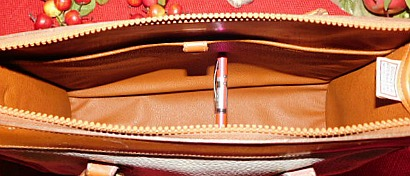 Vintage Dooney and Bourke  All-Weather Leather AWL  Shoulder Satchel Zipper-Top Case