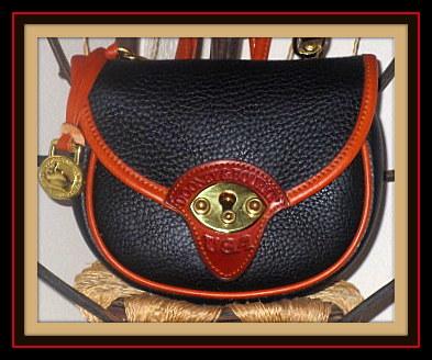 Vintage Dooney Cavalry Body Bag