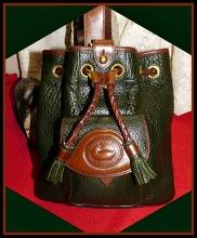 Lush Budding Ivy Green Vintage Dooney Sling Bag