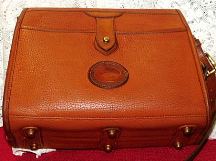 Vintage Dooney Essex Shoulder Bag