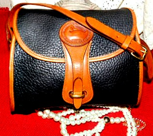 Vintage Dooney and Bourke  All-Weather Leather®  Medium Essex Shoulder Bag