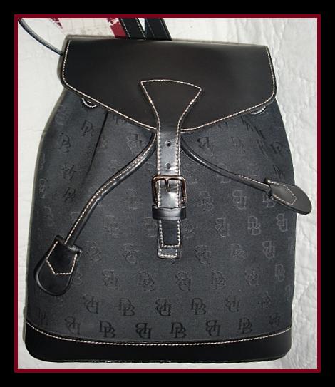 DB2233DooneySignatureBackpack