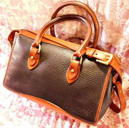 Authentic Dooney and Bourke All-Weather Leather  Black Satchel  Shoulder Bag/Crossbody Bag