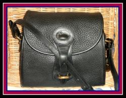 SOLD!!! Snappy Black Licorice Essex Shoulder Bag Dooney Bourke AWL-Black, Licorice, Essex, Shoulder, Bag, Dooney Bourke, AWL, Vintage Dooney Bourke, nopin