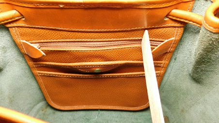 Vintage Dooney and Bourke All-Weather Leather AWL Shoulder Satchel Zipper-Top Case