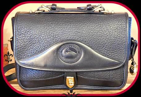 vintage dooney carrier shoulder bag