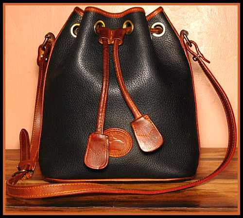 DB-VO51 Black Drawstring Vintage Dooney Shoulder Bag