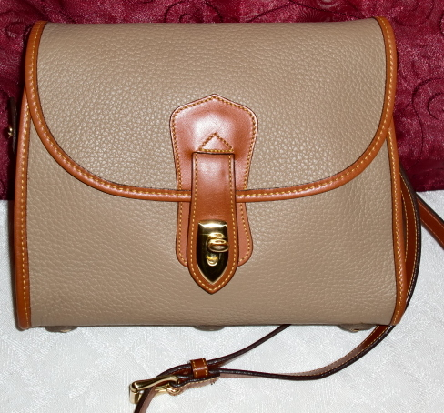 Taupe All Weather Leather Dooney & Bourke Arrowhead Essex Crossbody/Shoulder Bag-Dooney, Bourke, Essex, Vintage purse, Essex Dooney, Vintage, AWL Dooney, AWL, Dooney, Arrowhead Dooney, All Weather Leather Dooney, Bourke, Arrowhead Essex, Bag, highly prized Dooney, shoulder bag, crossbody bag, arrowhead, Dooney Bag, large dooney, durable purse, leather dooney, serial number, authentic, authentic dooney, guaranteed authentic, mint condition,  collectible dooney, collectible, collectible arrowhead, taupe, british tan, leather piping, vintage essex, vintage essex arrowhead