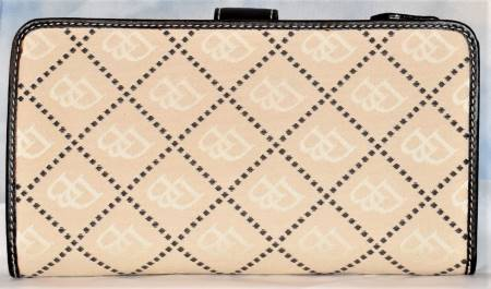Almond Dooney Wallet