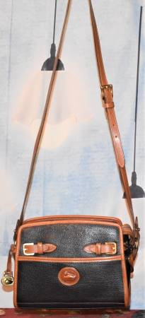 Vintage Dooney Zip Top Shoulder Bag
