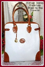Captivating Day Lily White & Tan Vintage Dooney Gladstone Bag