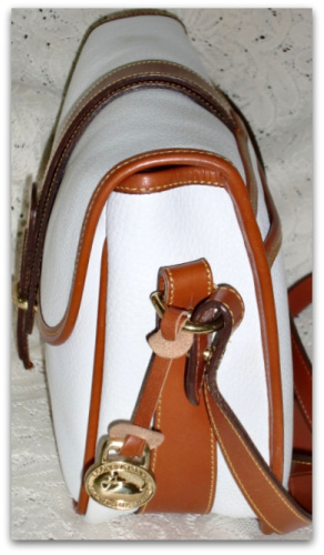SOLD!!! Large White Equestrian Over Under Dooney Tack Bag Like New!