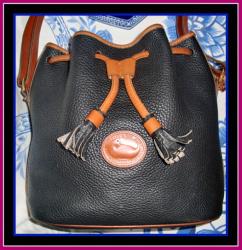 Roomy Classic Black & Tan Drawstring Dooney Bag