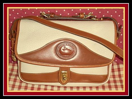 Breathless Beauty! Large Bone Carrier Vintage Dooney AWL Bag