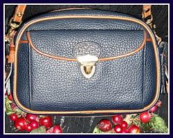 Dazzling Vintage Dooney & Bourke Large Scottish Style Kilty Bag