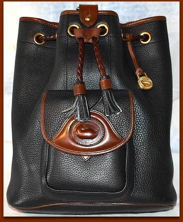 Sophisticated Black Fox Dooney Sling Shoulder Bag