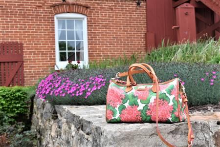Vintage Dooney Bourke Handbags & Accessories