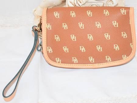Vintage Dooney & Bourke  It Collection  Flap Signature Heart Flap Wristlet