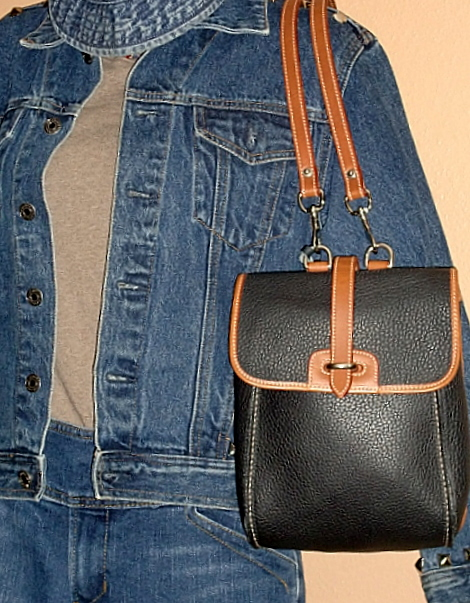 Dooney & Bourke AWL Navy Blue Leather Backpack MINT